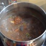 鍋に入れ、温める。